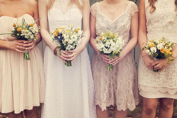 Beige Lace Bhldn Wedding Dress Or Bridesmaid Gown: Robe-demoiselle-honneur-beige