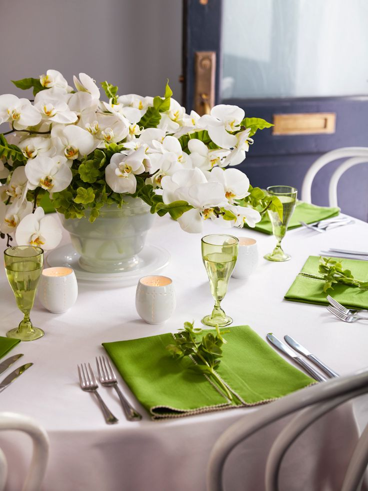 une d coration de table vert anis et blanc mariage en vogue. Black Bedroom Furniture Sets. Home Design Ideas