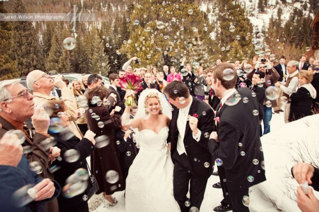 Breckenridge_Wedding_Bubbles