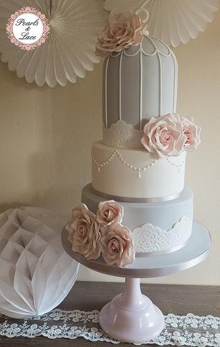 dove-pale-dusky-pink-birdcage-wedding-cake