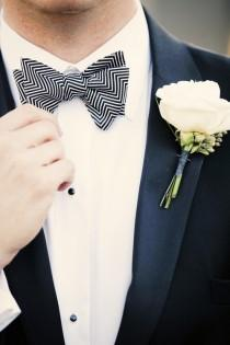 love-the-patterned-bowtie-for-the-groom-groom-style-pinterest